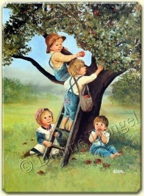 elma ağacından nasiplenen çocuklar