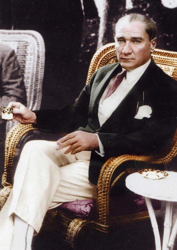 Atatürk ve Şekerli Kahve