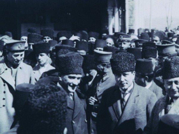 Atatürk ile Güreşçi