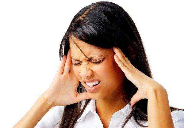 baş ağrısı kadın
