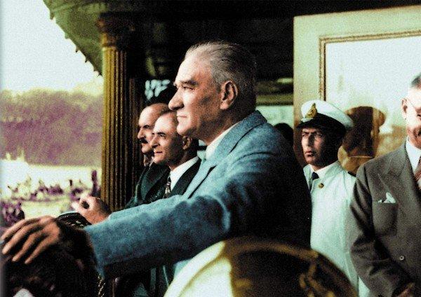 Atatürk Gemide