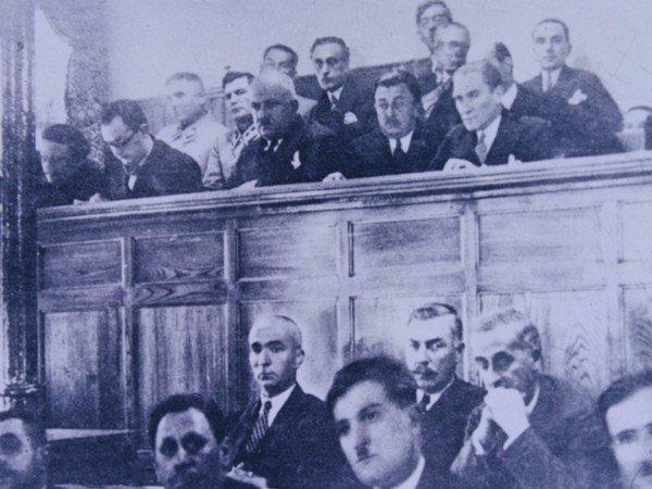 Atatürk toplantıda